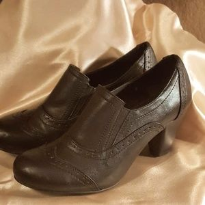 Sbicca Shoes - ⚘SBICCA of California Classic Pumps